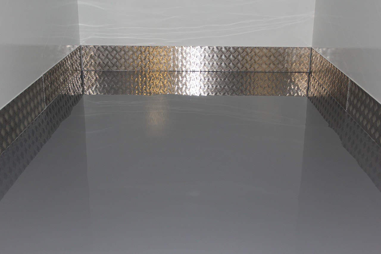 Specially cast coating on the floor